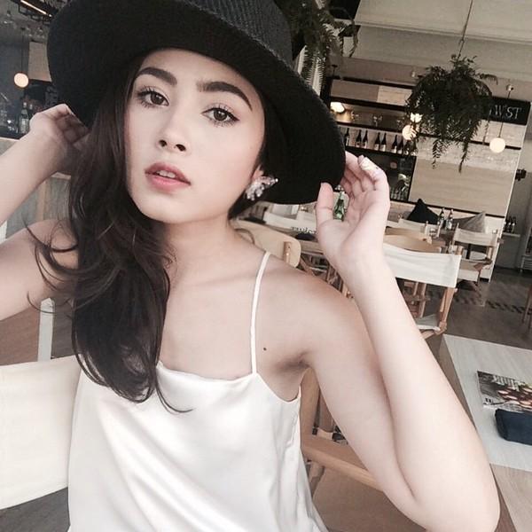 gioi-tre-viet-chuyen-huong-me-tit-phong-cach-cua-loat-hot-girl-thai-lan (14)