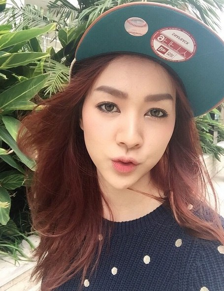 gioi-tre-viet-chuyen-huong-me-tit-phong-cach-cua-loat-hot-girl-thai-lan (24)