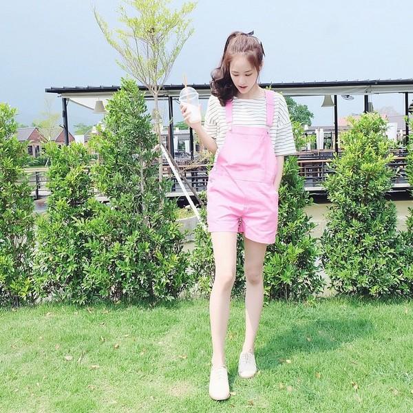 gioi-tre-viet-chuyen-huong-me-tit-phong-cach-cua-loat-hot-girl-thai-lan (36)