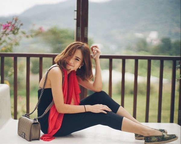 gioi-tre-viet-chuyen-huong-me-tit-phong-cach-cua-loat-hot-girl-thai-lan (46)