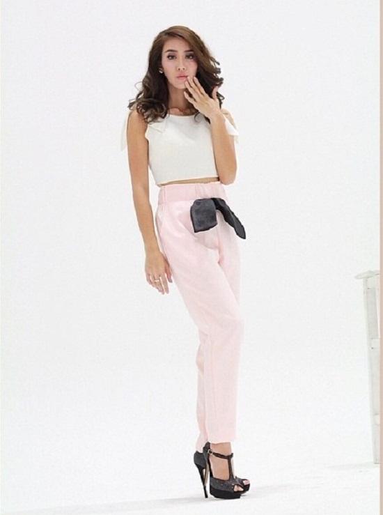 xi-tai-dep-me-toi-cua-nu-ca-si-9x-hot-nhat-thai-lan (20)