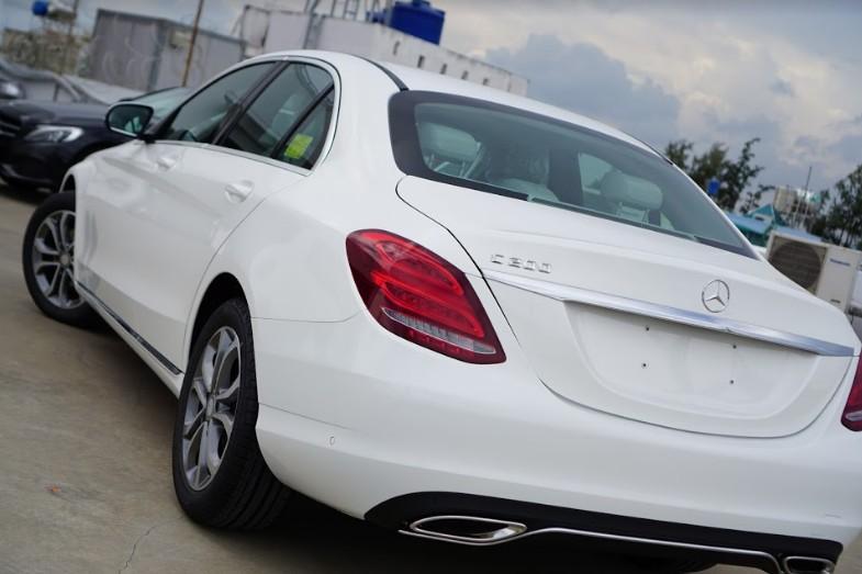 Mercedes-C200-gia