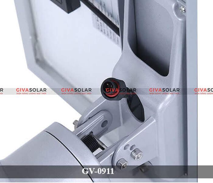 Khung, giá đỡ tấm pin của đèn đường năng lượng mặt trời
